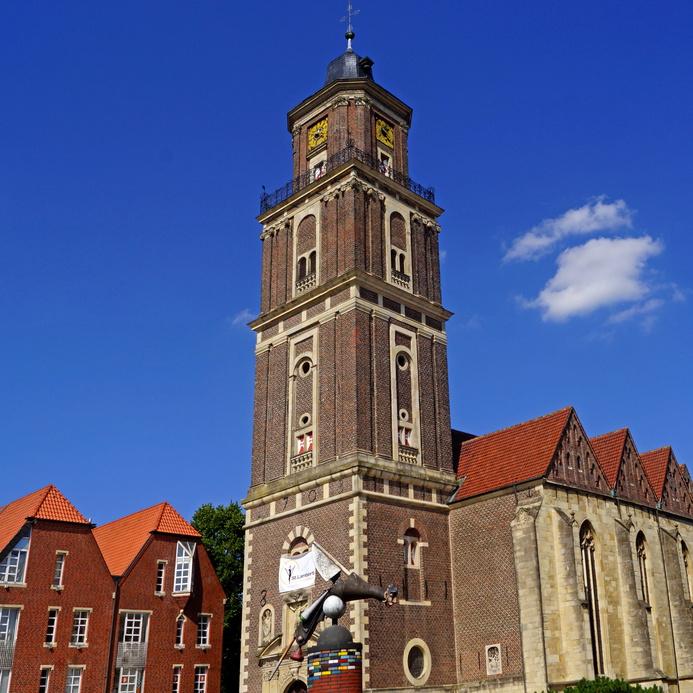 Rollrasen Coesfeld, Altstadt von COESFELD mit St. Lamberti-Kirche