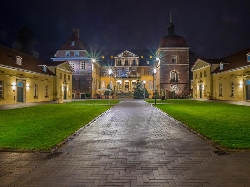 Rollrasen Velen, Wasserschloss Velen
